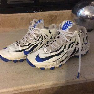 Nike Shoes - LOWEST PRICE!  Nike Alpha Youth Boy's Cleats